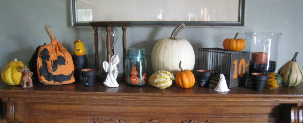 Festive Halloween Mantle