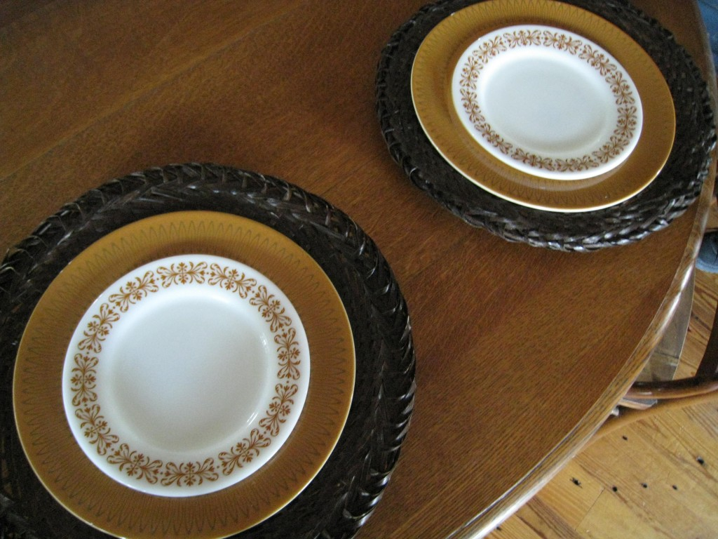 These salad plates are from another set, but you'd think they were made for each other!