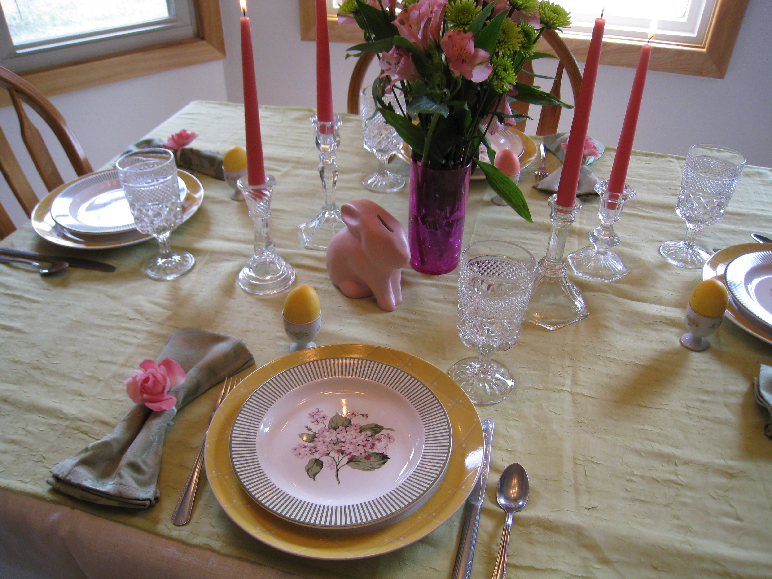 Lovely Easter Table Setting