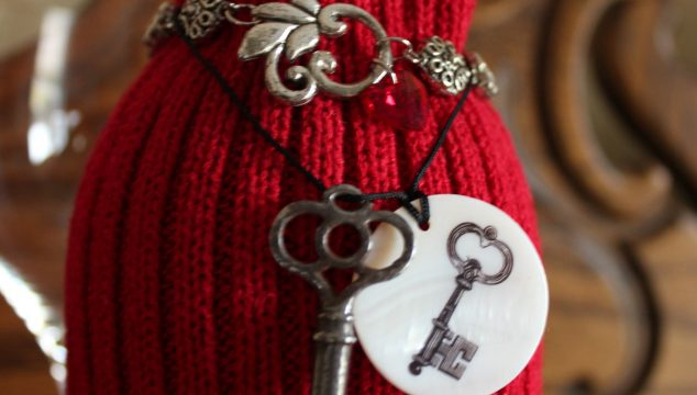 Easy Valentine Day Gifts from Sweaters!
