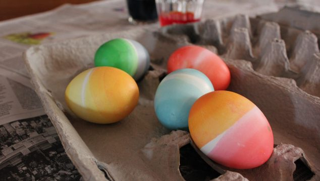"""Dressing"" Easter Eggs"